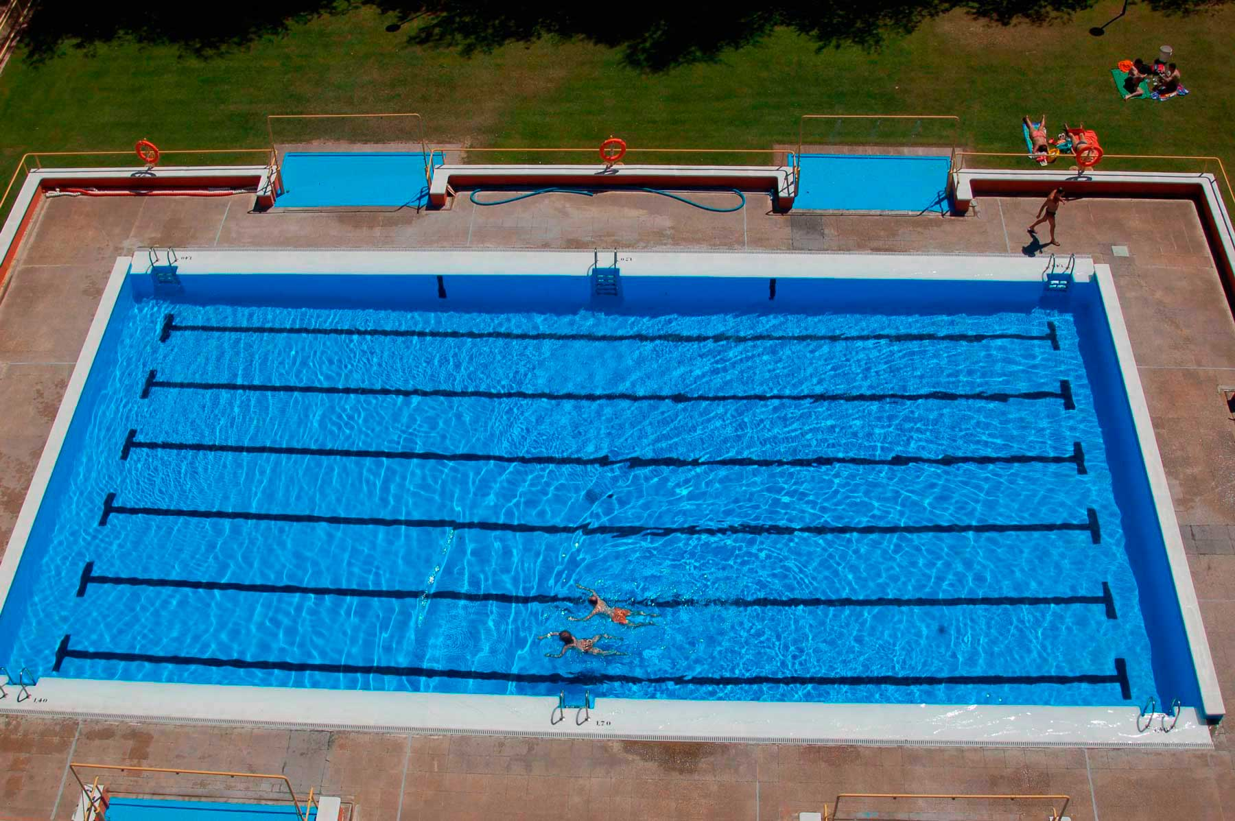 Listado definitivo de la convocatoria para selecci n de for Piscina el espinillo