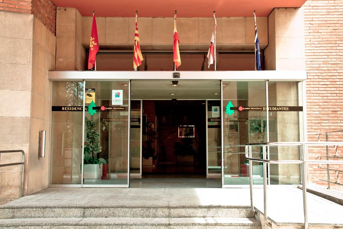 entrada-residencia-pignatelli